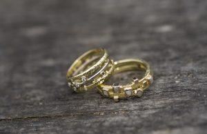aletta-teunen-goudsmid-utrecht-sieraad-in-perspectief-ringen-ruwe-diamant-1